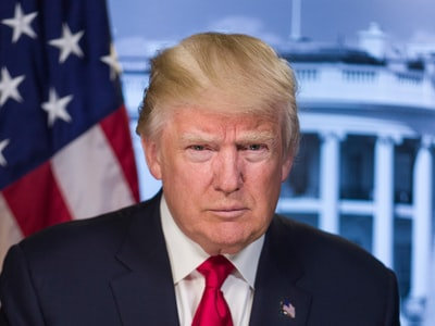 Trump: stop ai finanziamenti  all'OMS