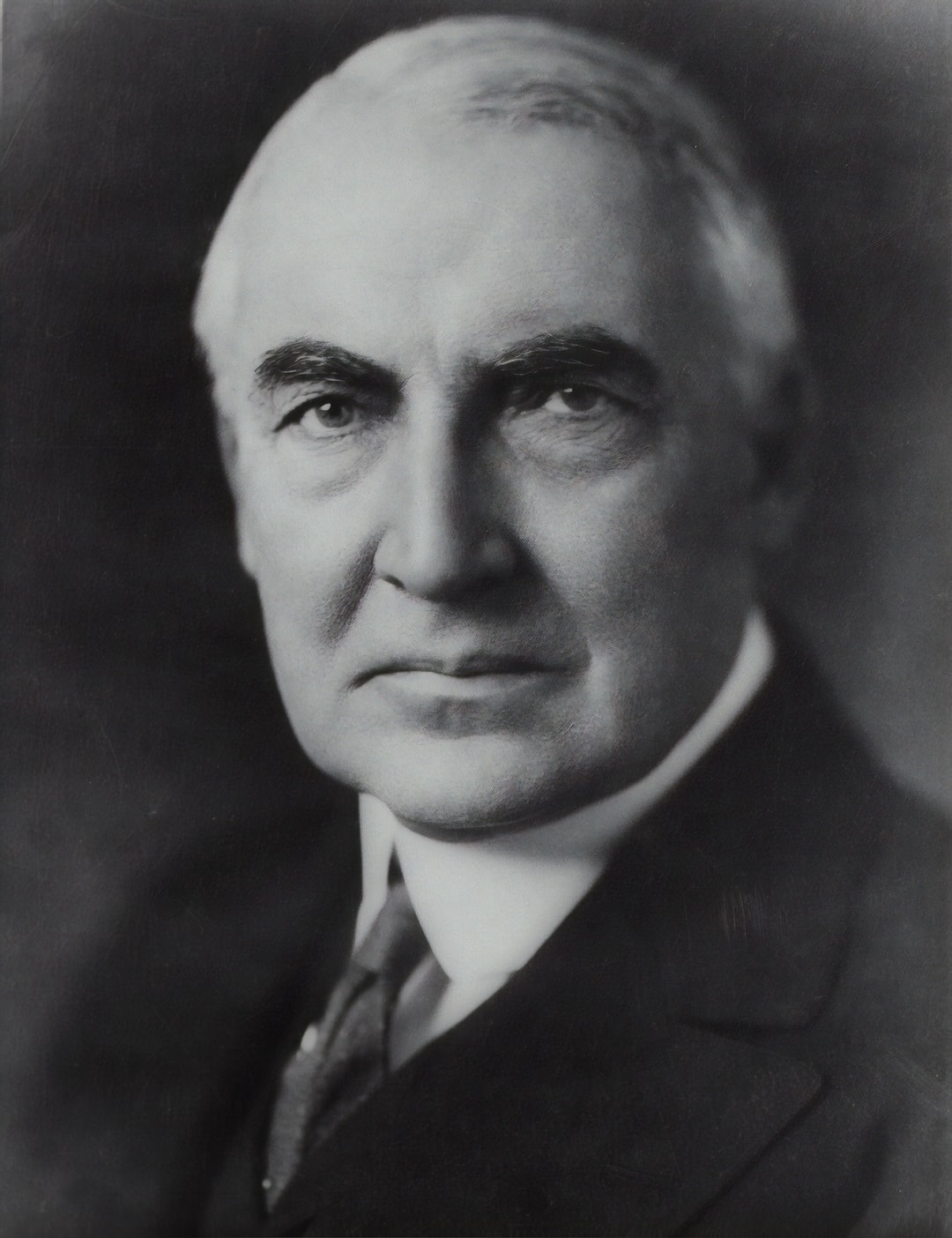 [Senator Warren G. Harding, head-and-shoulders portrait, facing front]. Photograph from the Presidential File Collection, ca. 1920. Library of Congress Prints & Photographs Division.  https://www.loc.gov/item/96522644/