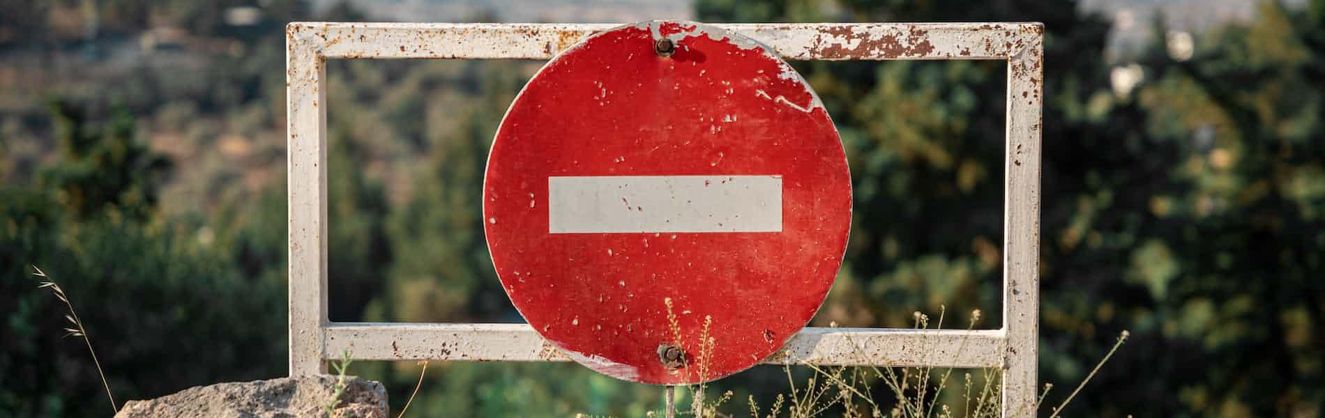 אנליטיקאים שביצעו חציית גבולות מיניים: מקרה אבוד? סקירת מאמרם של גלן גבארד ואנדראה סלנזה