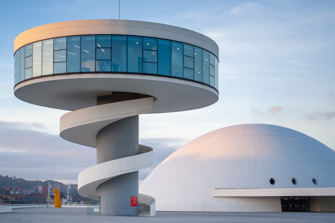 Vista del Centro Niemeyer, Avilés, Asturias, España