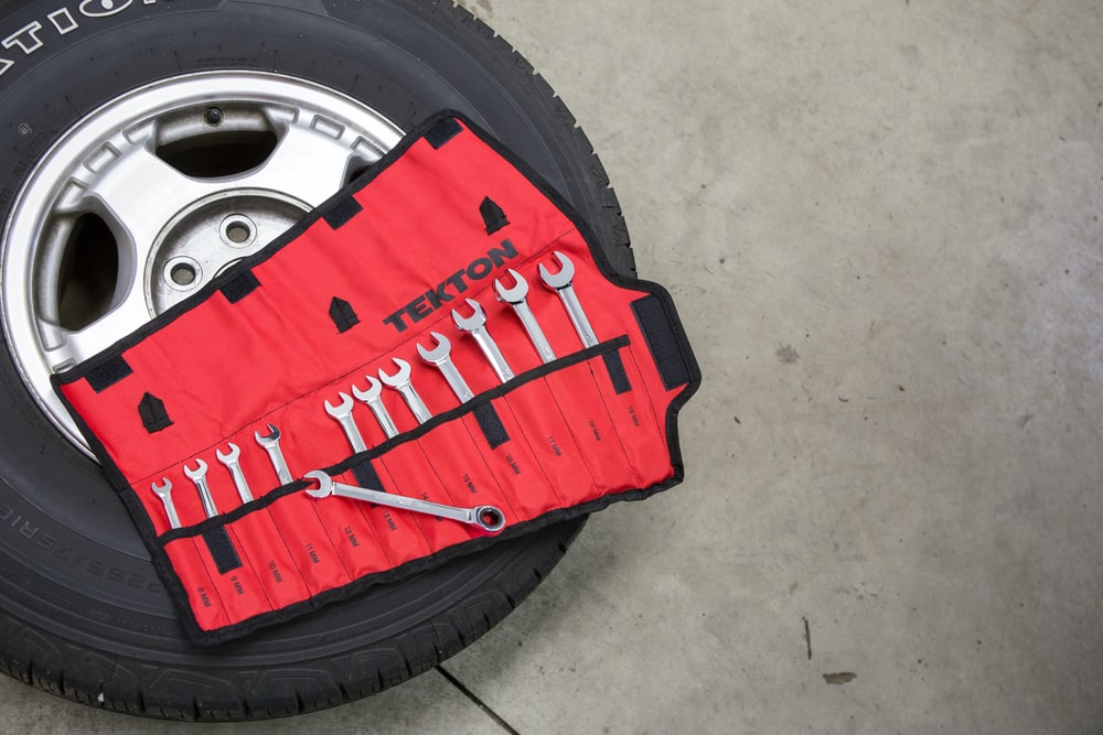 black and red car wheel