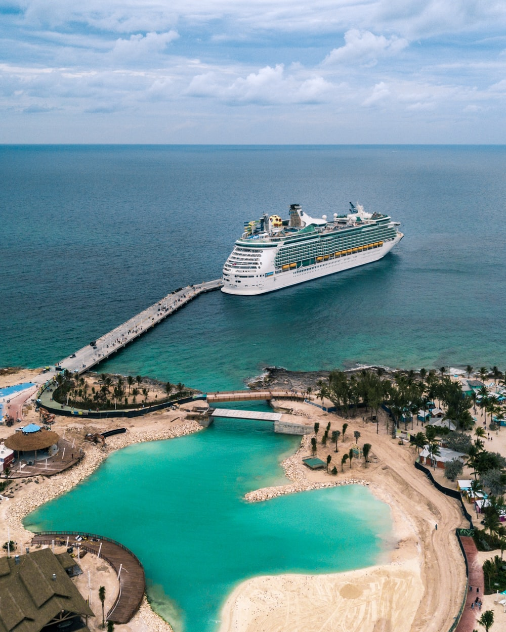 750 Cruise Pictures Hq Download Free Images On Unsplash