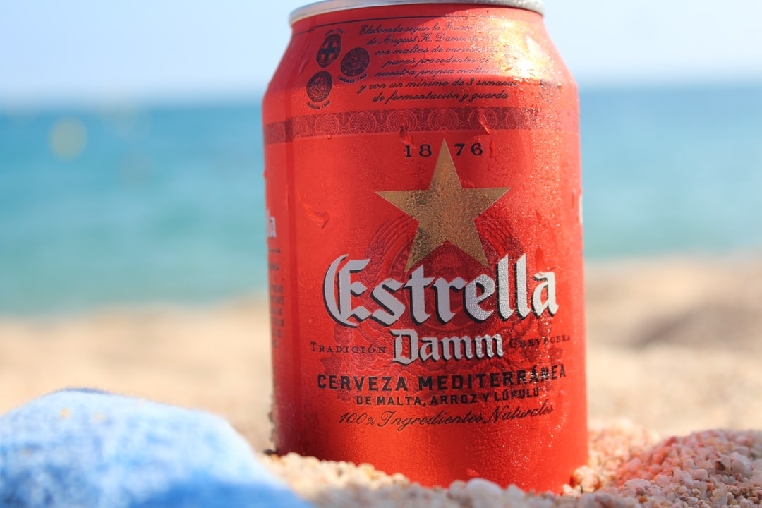 Estrella Beach Beer Can