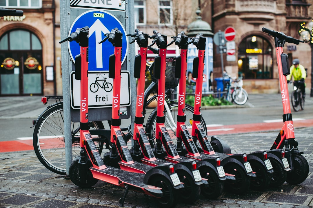 Modern urban e-mobility e-scooter – Voi Scooters - Get Magic Wheels