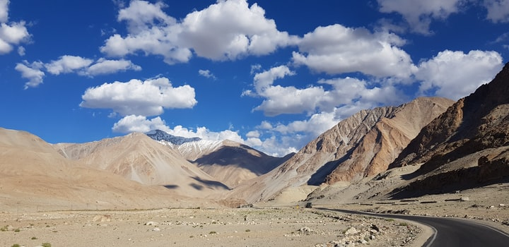 Know About One Of The Highest Highway of the World.