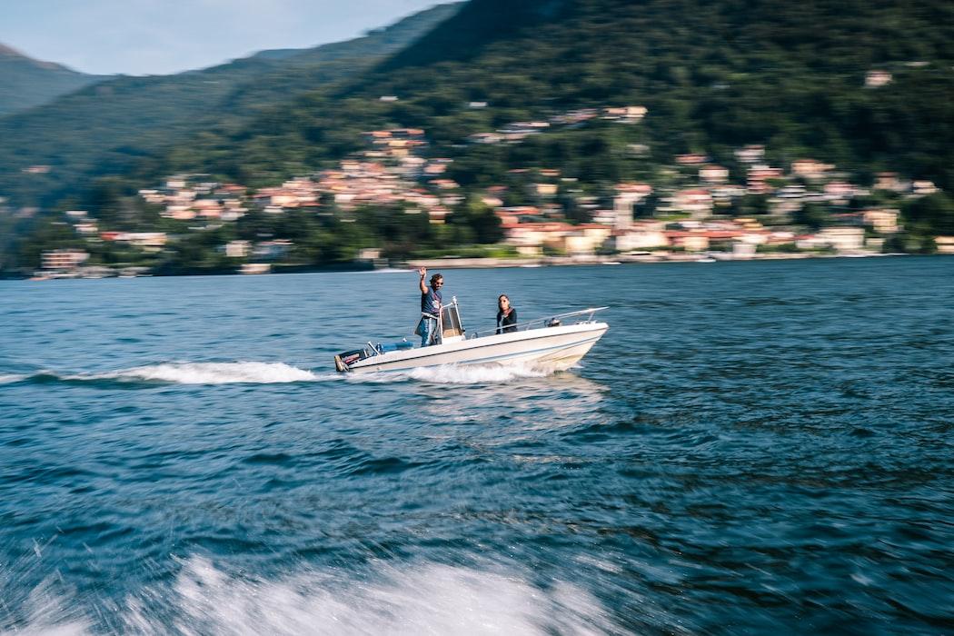 Speed boating at Lake Como