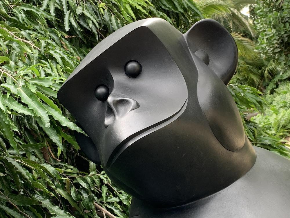 black and white animal head statue