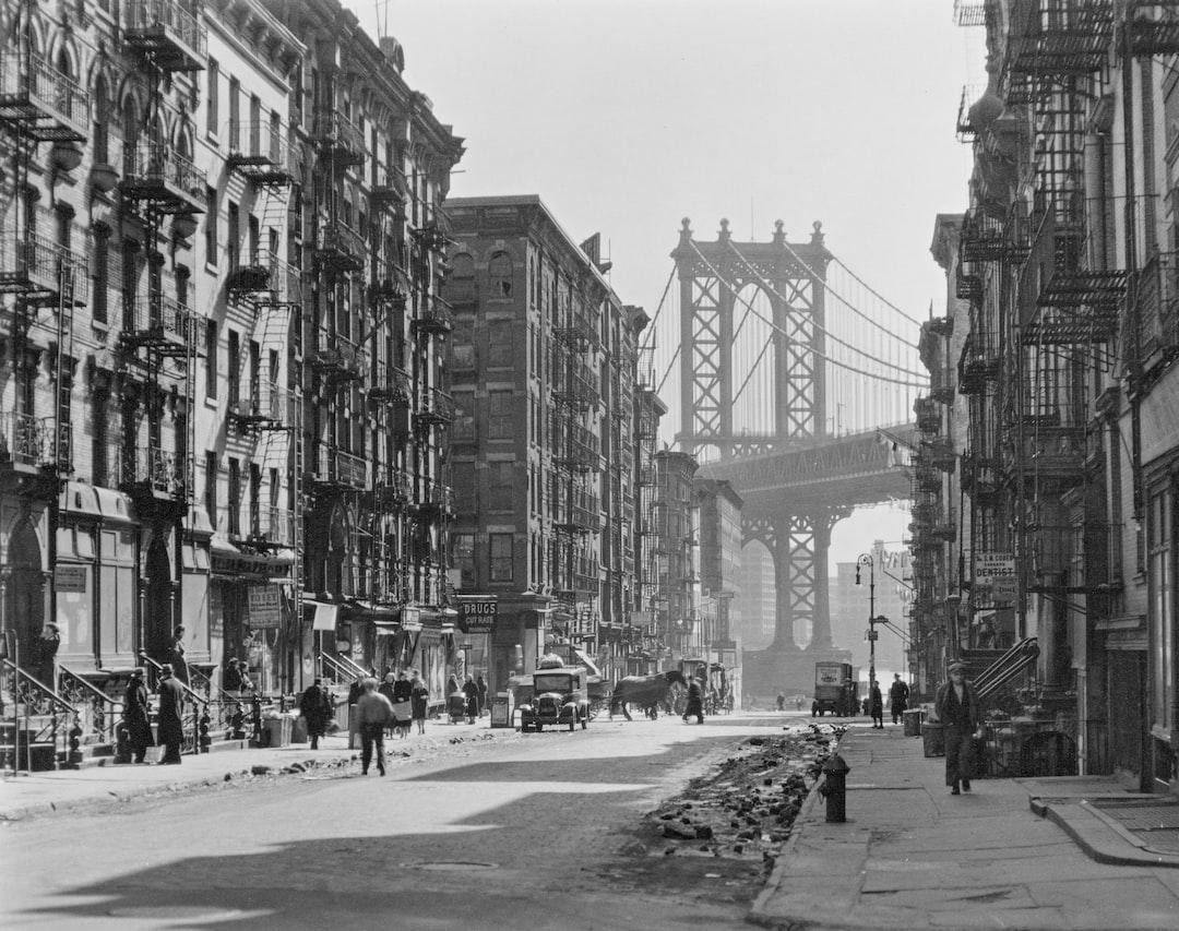 Pike and Henry Streets, Manhattan. 1936 - unsplash