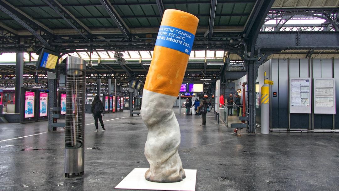 Campagne de sensibilisation à la propreté et aux respects des règles anti-tabacs dans la Gare de l'Est.