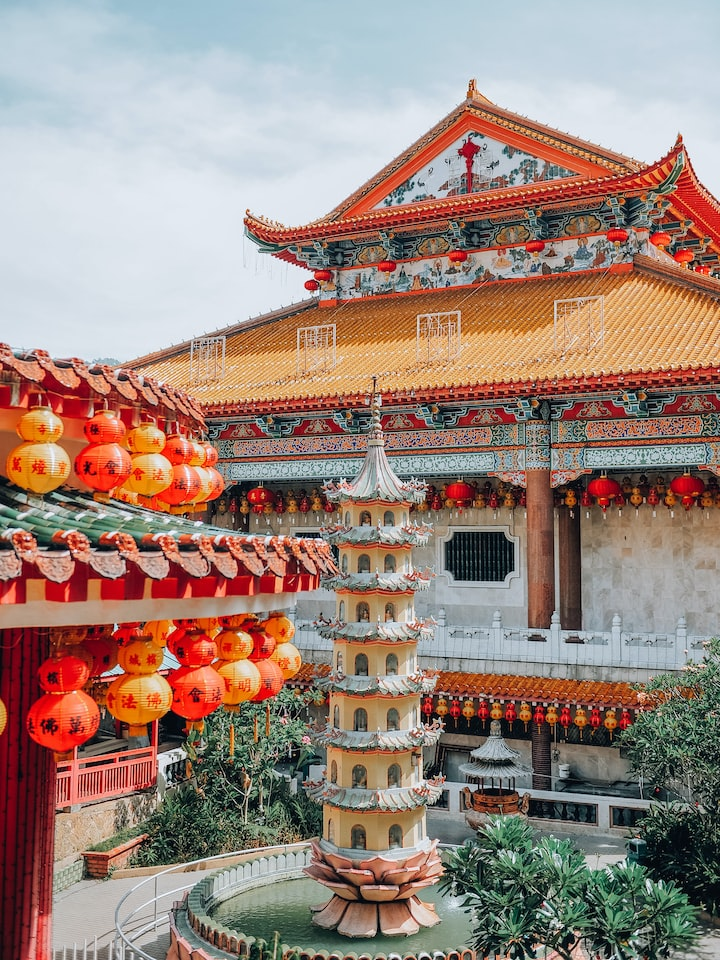 How to Visit a Chinese Temple