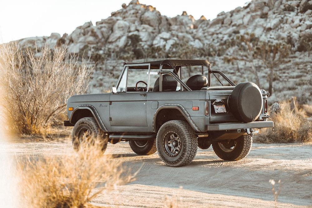Jeep Sahara With Simple Steps