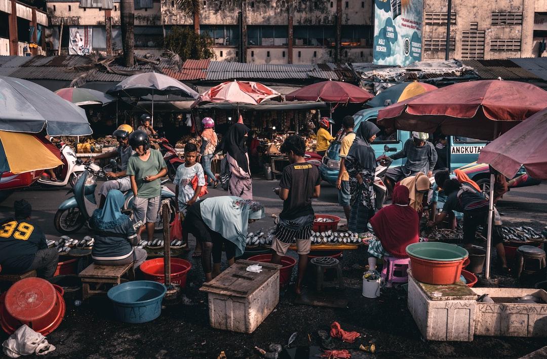 5 Fakta Mengenai Bahasa Ibu di Indonesia