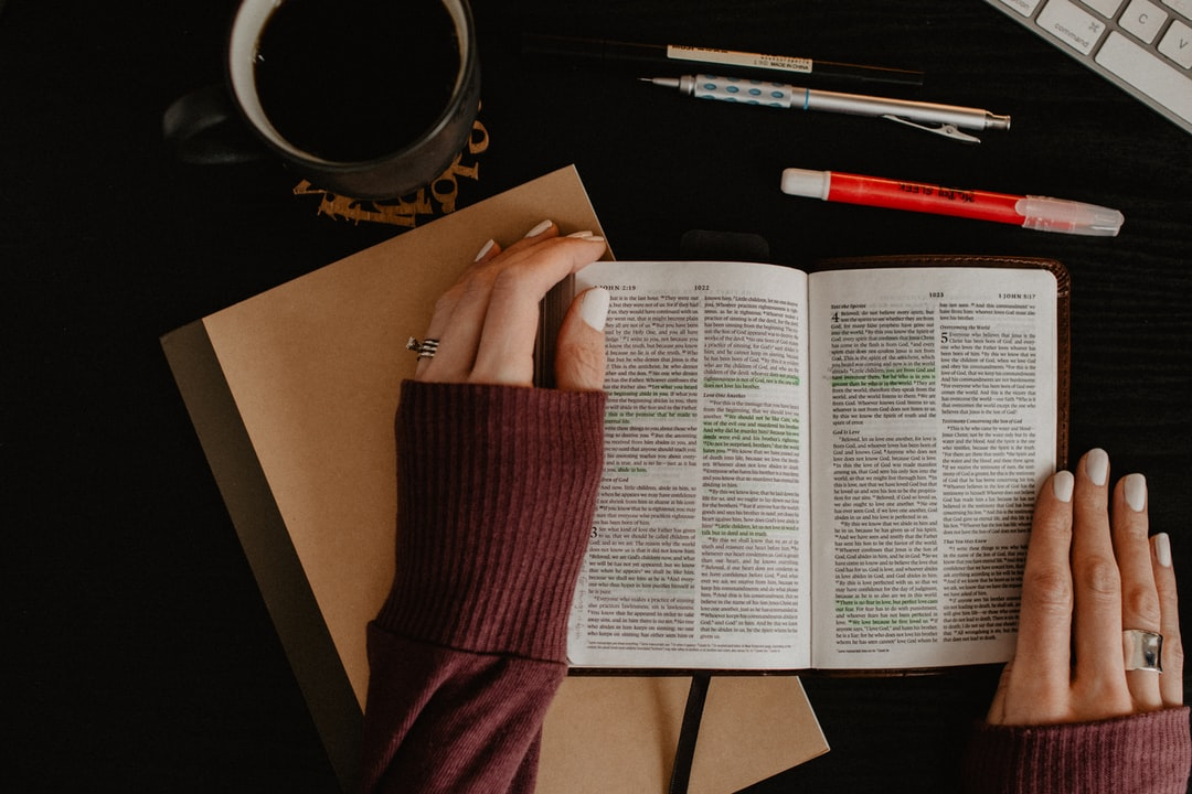 Stress-Free Guide to Studying the Bible