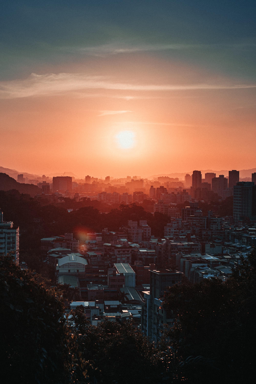 Съемка заката или рассвета в городской среде