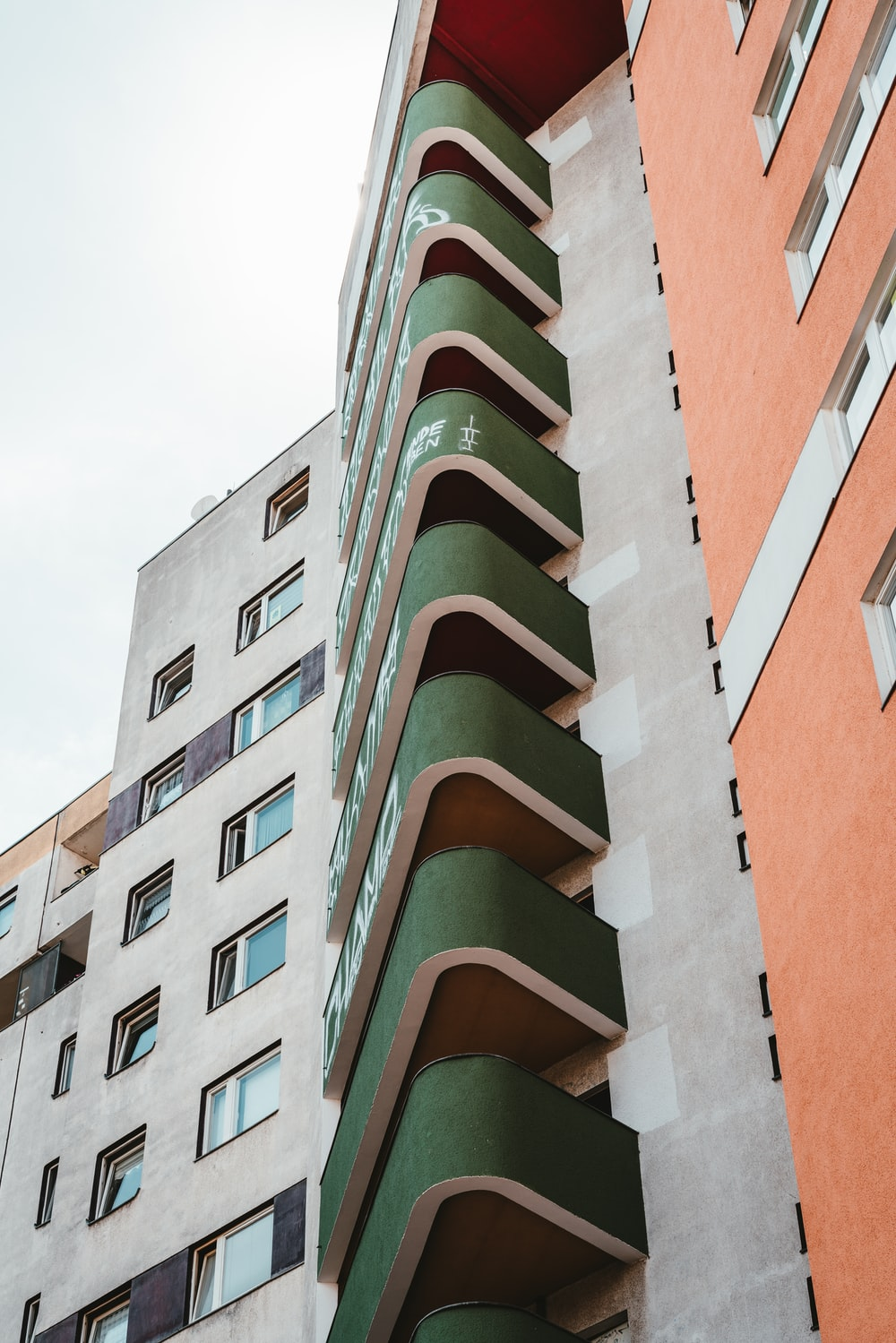 brown and green concrete building