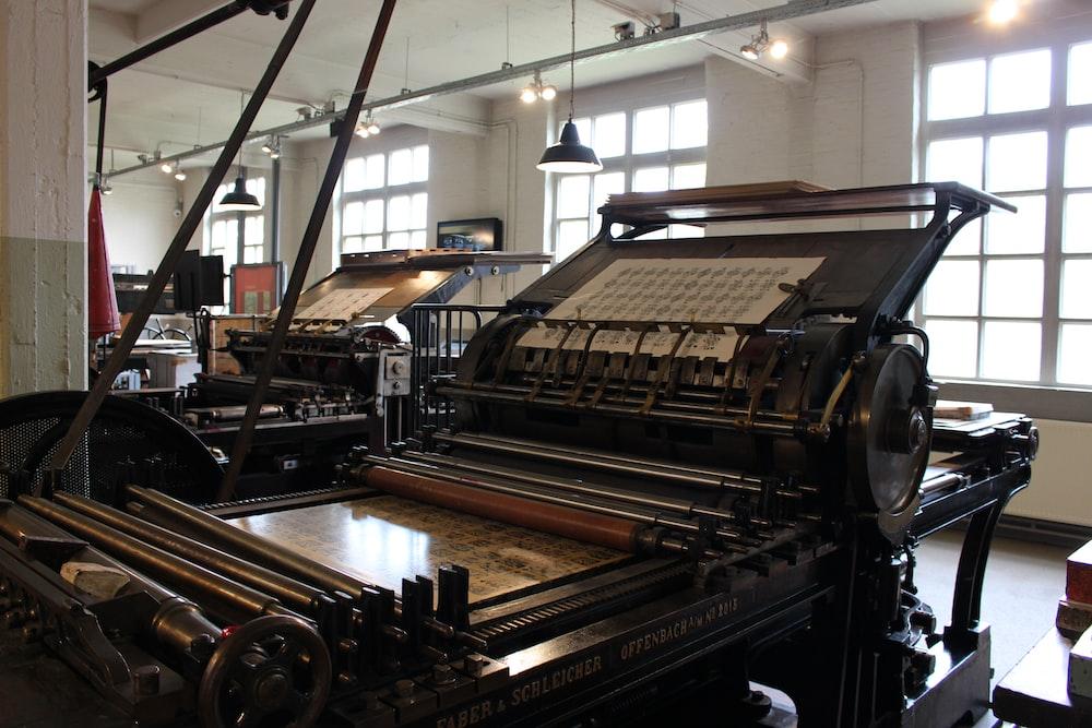 black and brown industrial machine