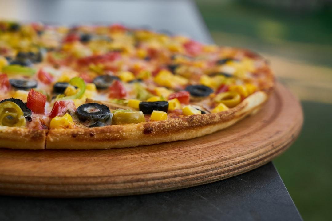 Delicious fresh vegetarian Italian pizza