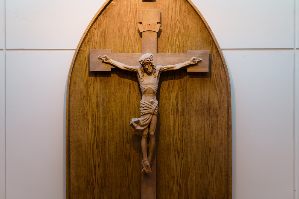 jesus christ on cross wall decor
