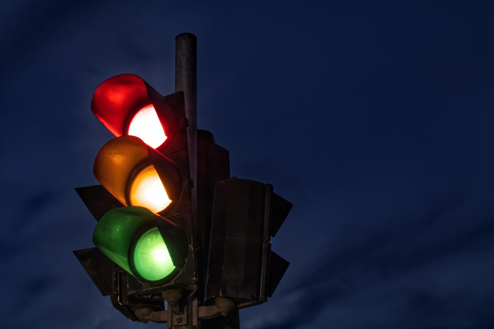 Politicizing National Pandemic Surveillance: Mexico´s Epidemiological Traffic Light