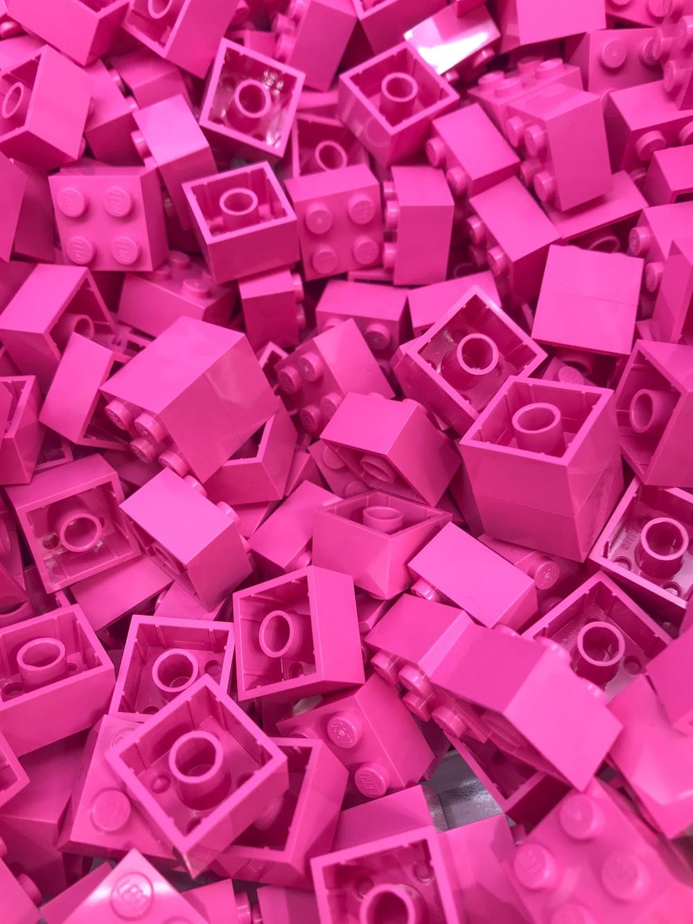 pink plastic building blocks toy