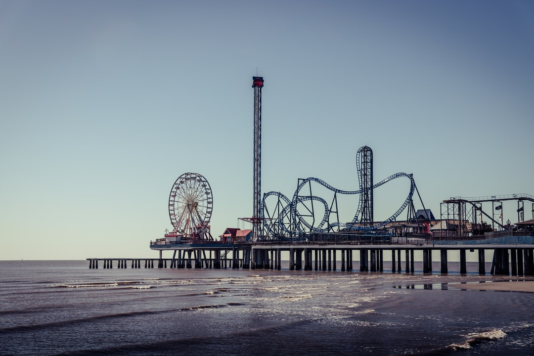 Beach at Galveston, TX, Gulf Coast—Pleasure Pier.