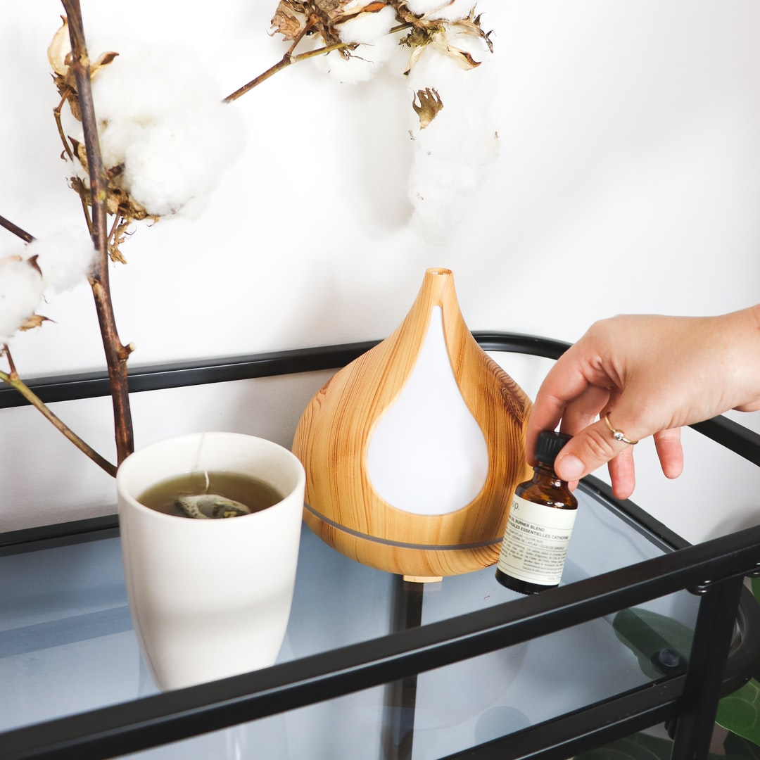 10 Hidden Benefits of Using Essential Oil Diffusers