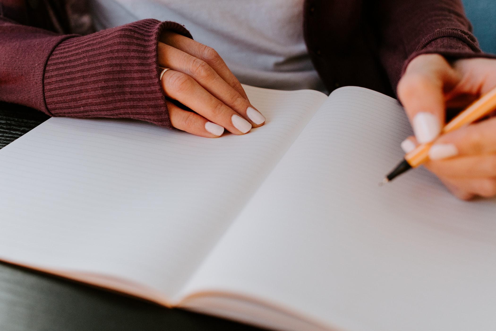 授業中にバレずに内職をするコツ・バレない方法『授業と同じ科目の勉強をする』