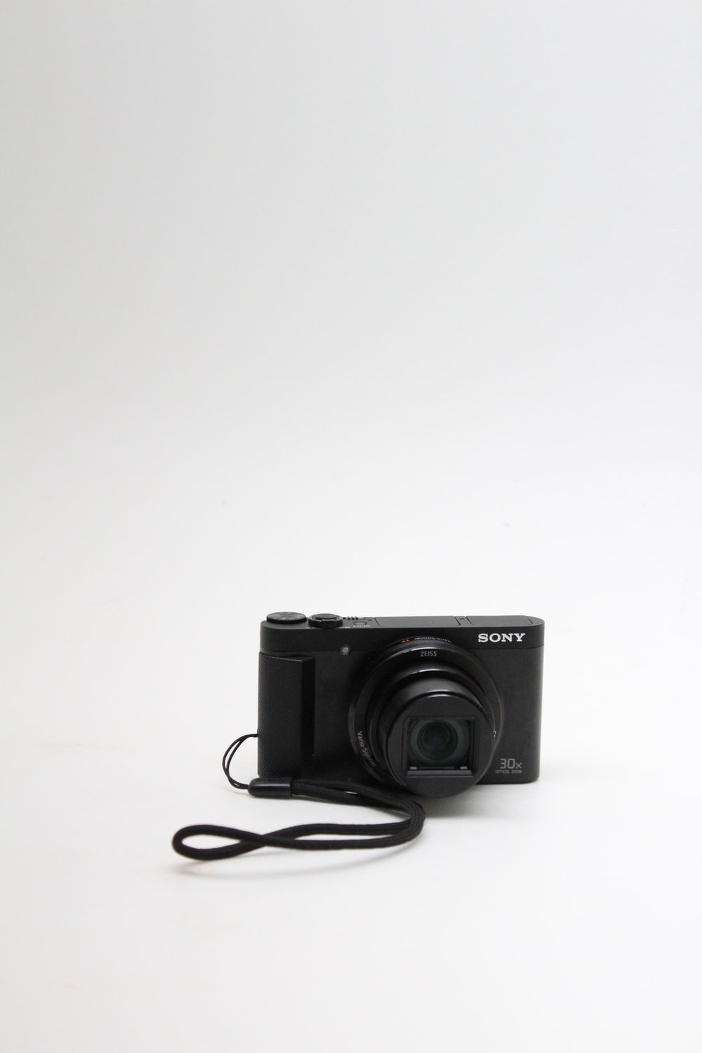 black point and shoot camera