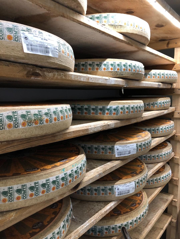 Comté-cheese rolls