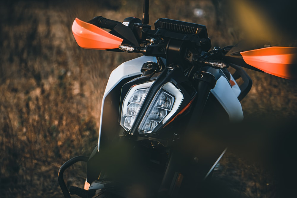 750 ktm duke pictures download free images on unsplash 750 ktm duke pictures download free