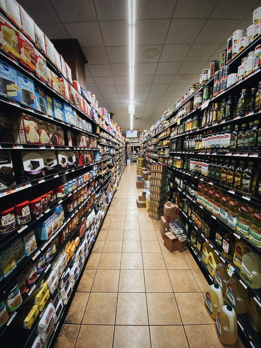 Supermarket Aisle Pictures Download Free Images On Unsplash