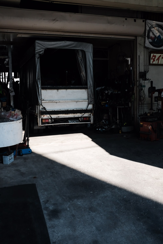white and black trailer truck