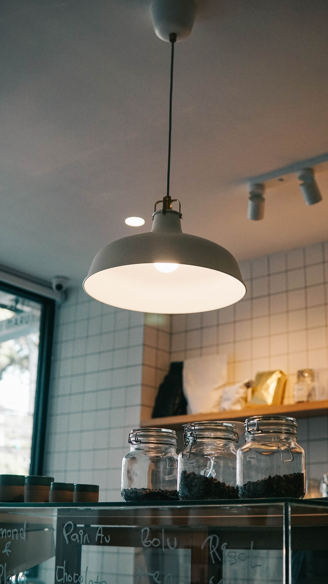 A soft ambient chandelier in the coffee shop.