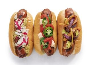 hotdog sandwich with tomato and lettuce