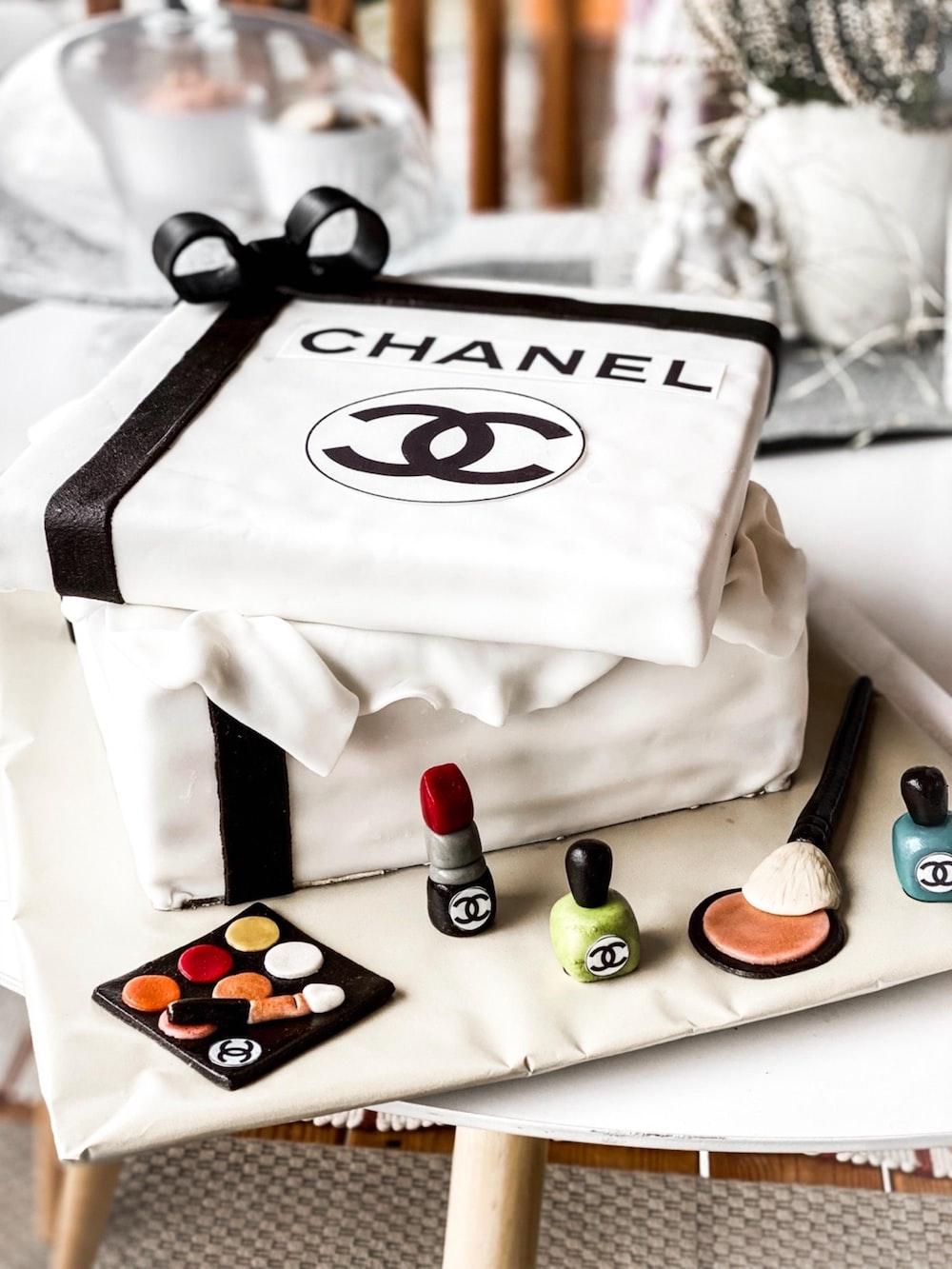 white and black adidas box