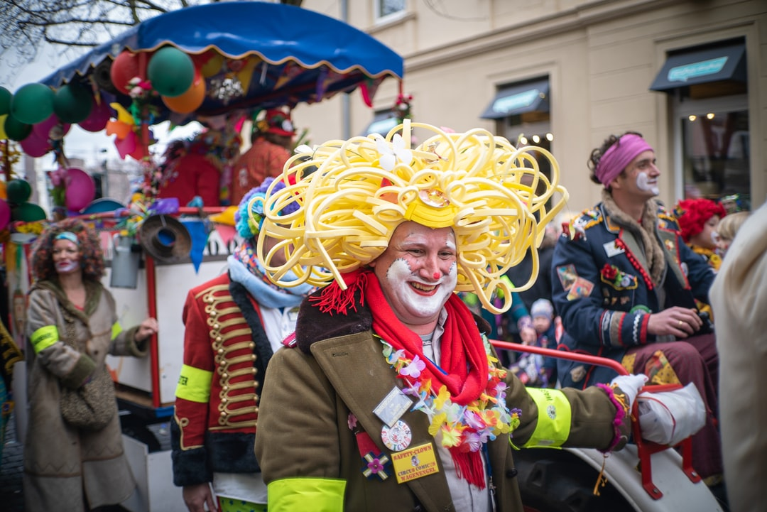 "It's Karneval in Germany! everyone is dressed up, everyone is having fun. And theres a big difference to Brazilian Carnival :)  You can see the ""Fliegendes Spaghettimonster"" or Flying Spaghetti Monster."