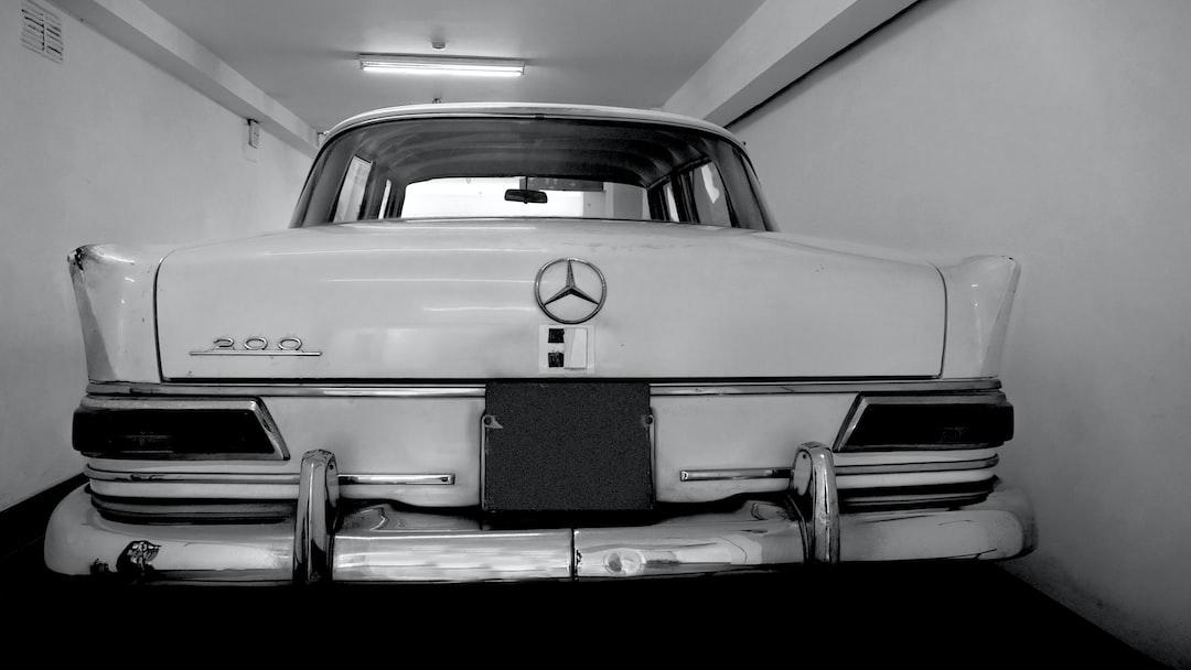 Mercedes president, Ho Chi Minh, Dinh Độc Lập