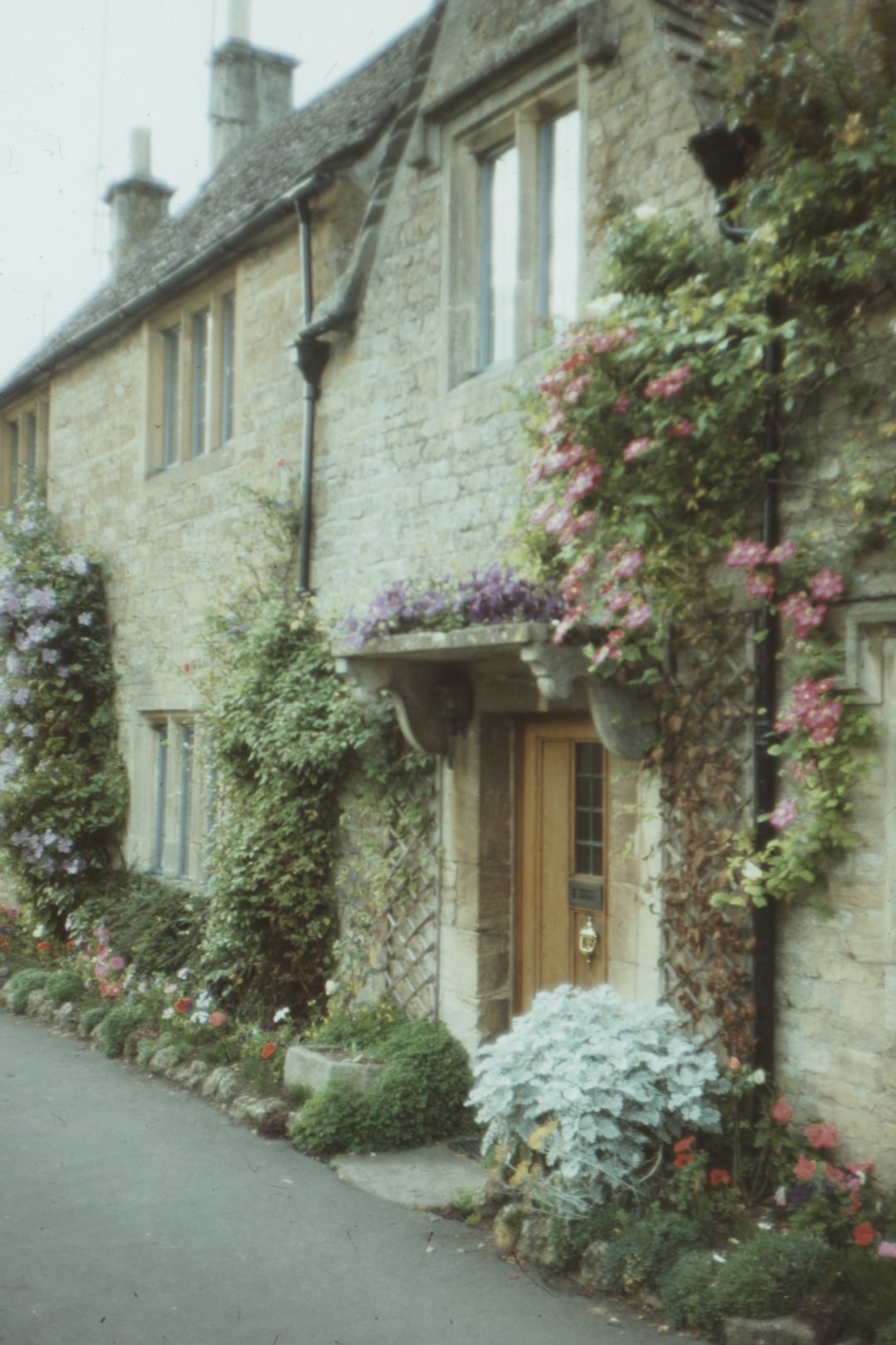 Country cottage in Upper slaughter,  film photo 1978