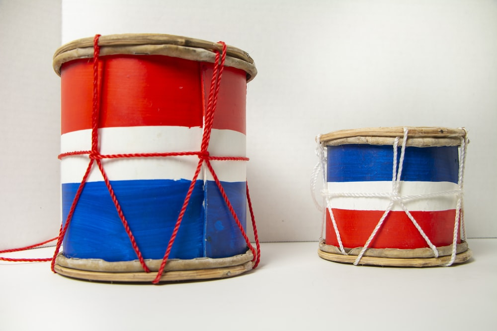 red white and blue drum set