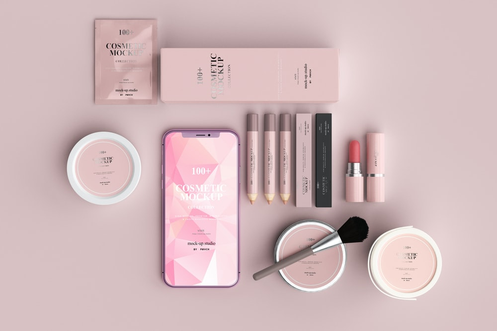 black and pink makeup brush set