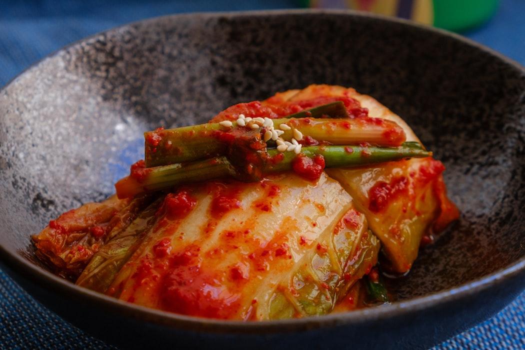 Mėgstate raugintas daržoves? Būtinai išmėginkite kimchi