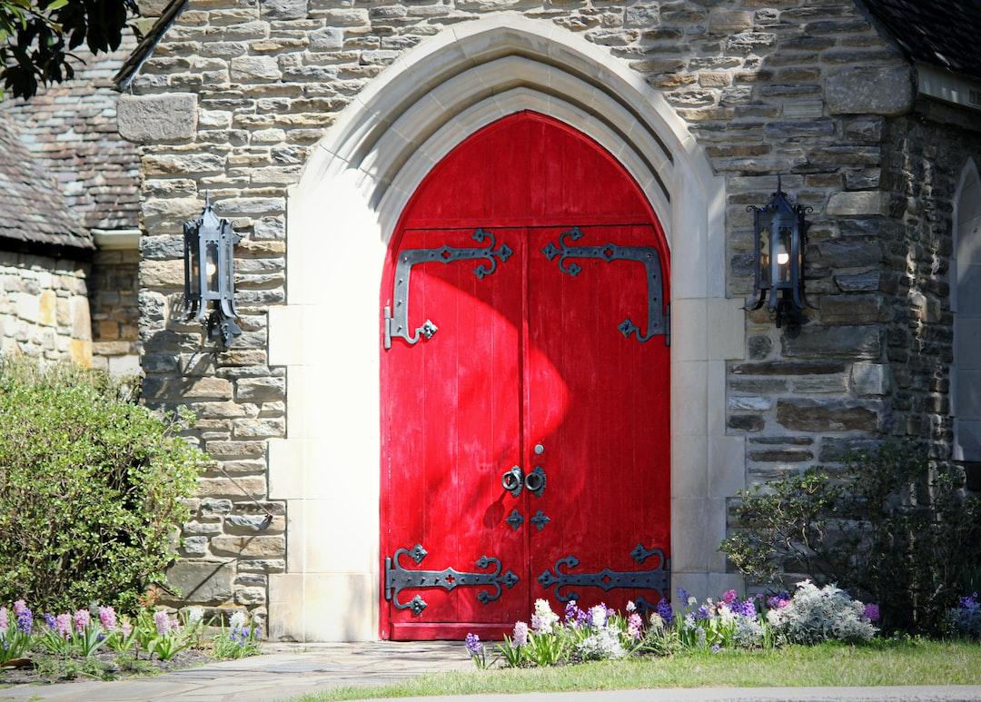 A red chapel door in Gatlinburg, Tennesee.