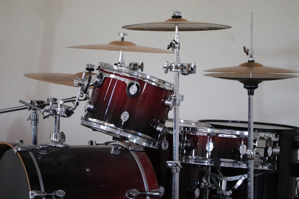 red and white drum set