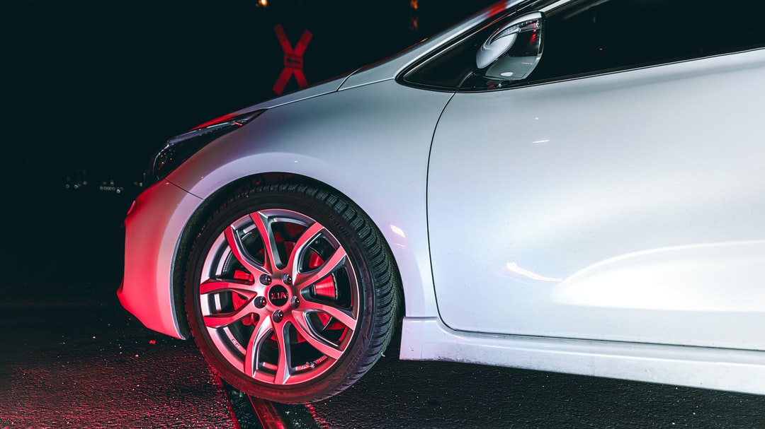 Kia ProCeed GT - Front Wheel Detail