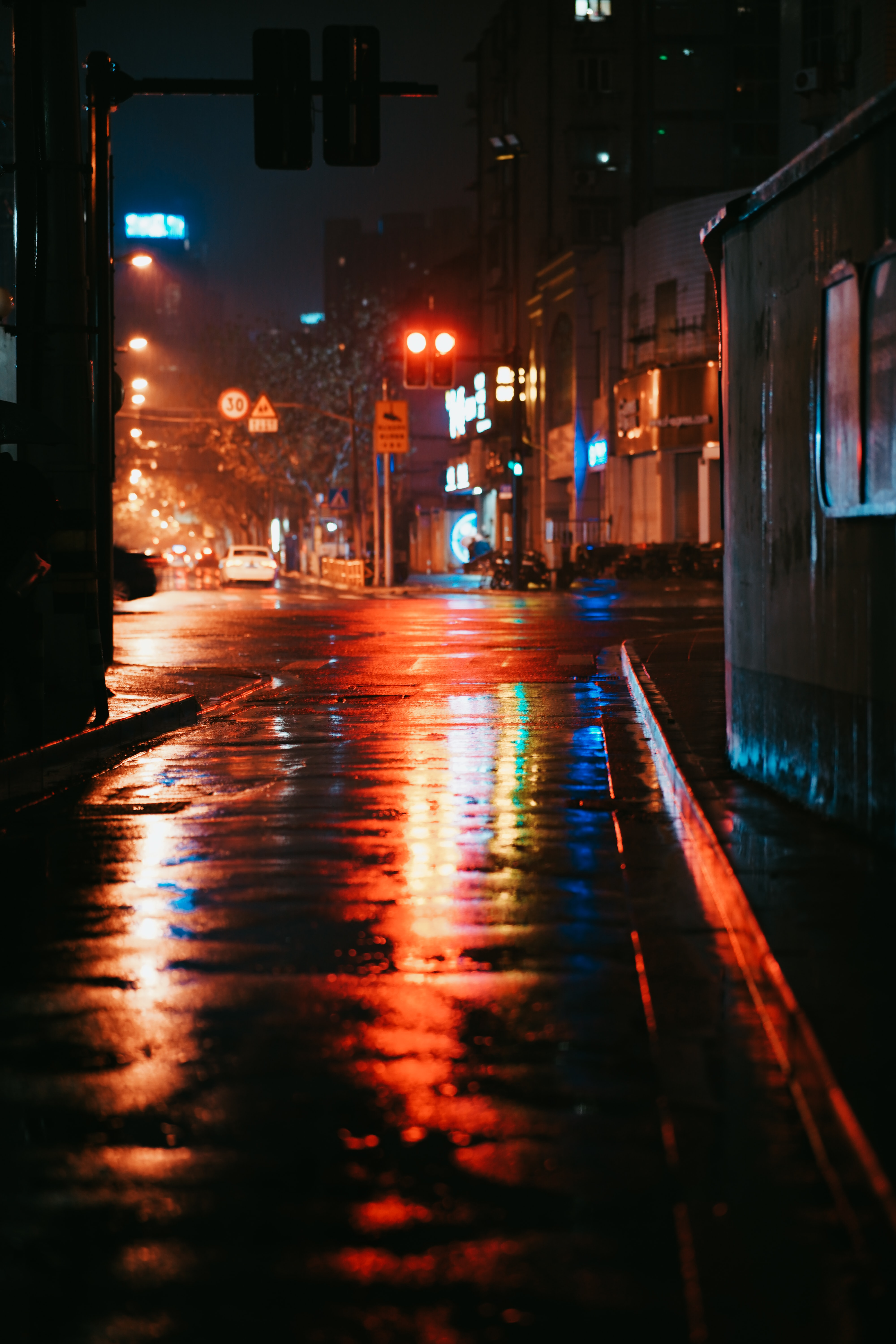 Car At Night Pictures Download Free Images On Unsplash
