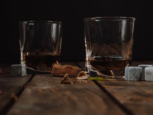 Whiskey & Whisky
