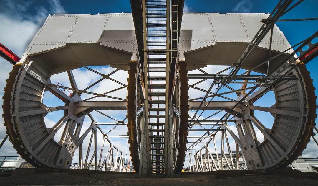 A bascule bridge / rolling lift bridge in Antwerp, Belgium. You can see the weights in the top half of this picture, as well a the bridge structure.