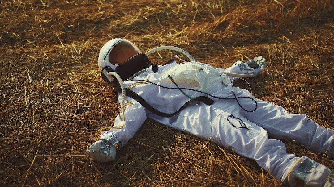 Astronaut 08IG:@eliapelle