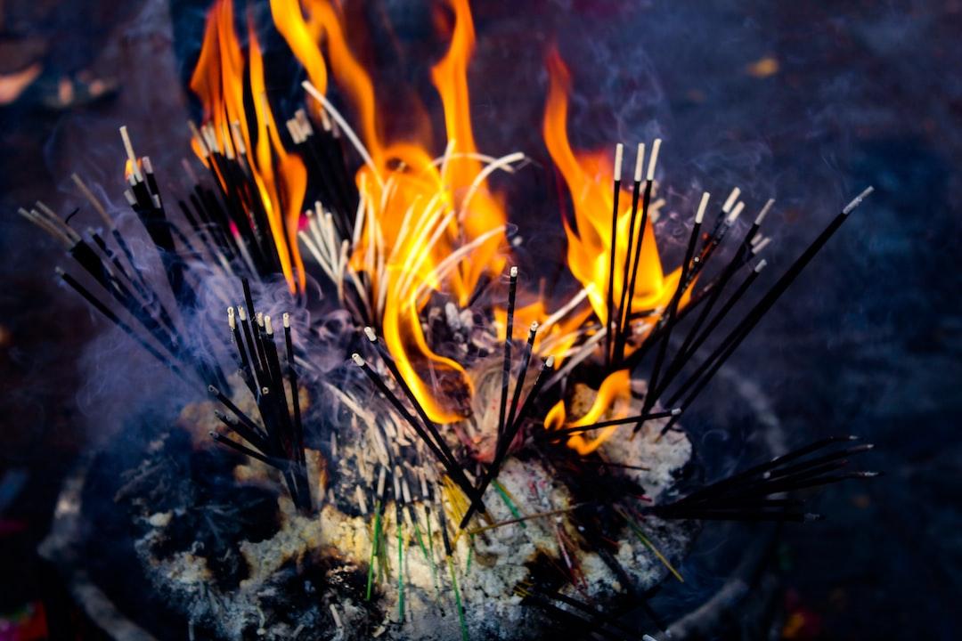 Fire dhoop sticks