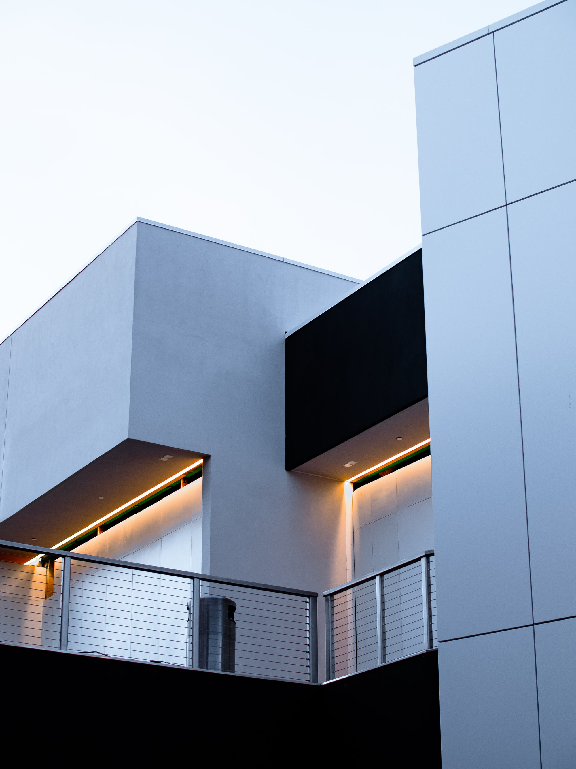 Modern architecture with exterior accent lighting.